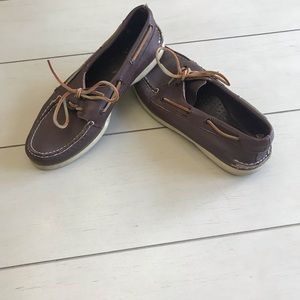 SPERRY'S!!! Men's brown boat shoes!!